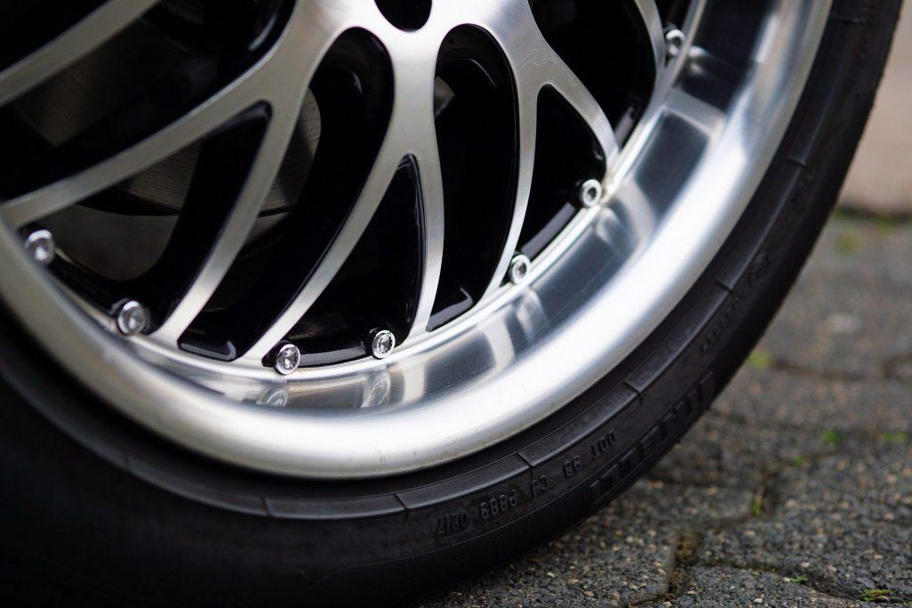 Llantas baratas online para personalizar tu coche en diseño y comportamiento